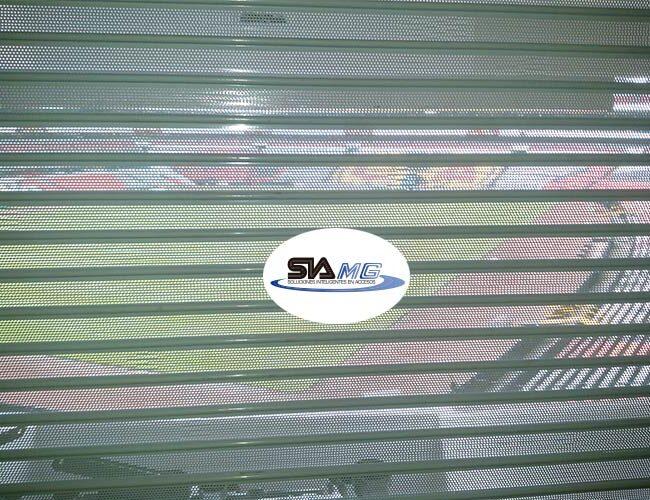 cortina-plana-multiperforada-de-acero